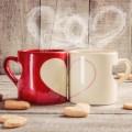 ペアのコーヒーカップ