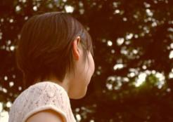 女の人の横顔